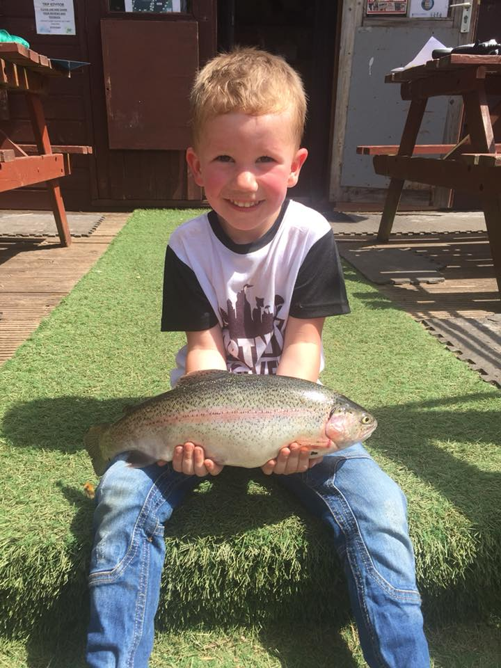 KIDS FISHING AT KINROSS TROUT FISHERY perfect day out for kids