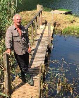 Robert Irvine | Irvine's Crossing at Kinross Trout Fishery | Top Fly Fishing | Rainbow Trout | Big Fish |Scotland